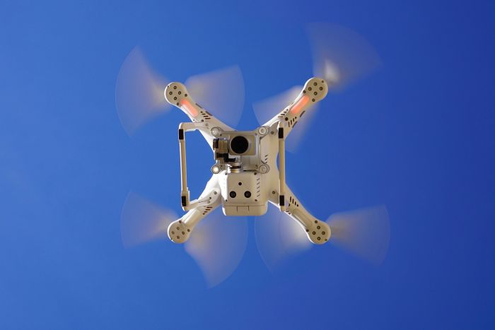 Drohnenpilot für Behörden